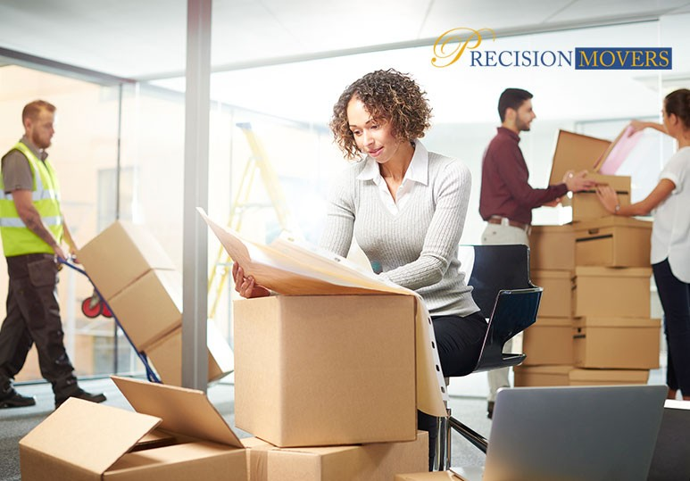 4 Benefits of Hiring Professional Office Movers